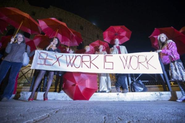 Dalla manifestazione dei/delle sex workers a Roma il 30 aprile.